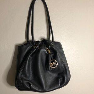NWOT Michael Kors Bucket Bag